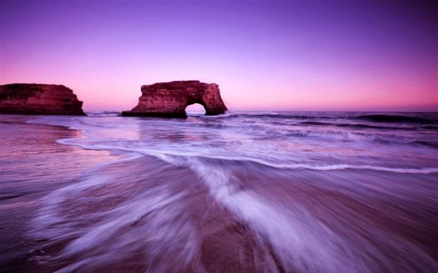 oceanfront_waves-landscape_HD_Wallpaper_medium